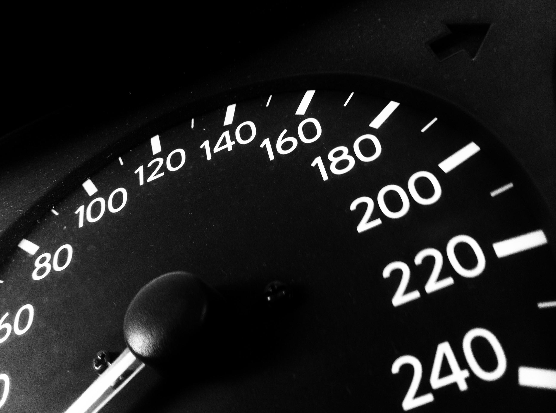 Habits make a better average speed